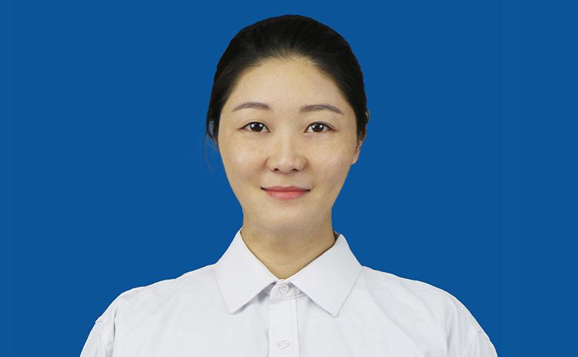教务处副主任 张春梅