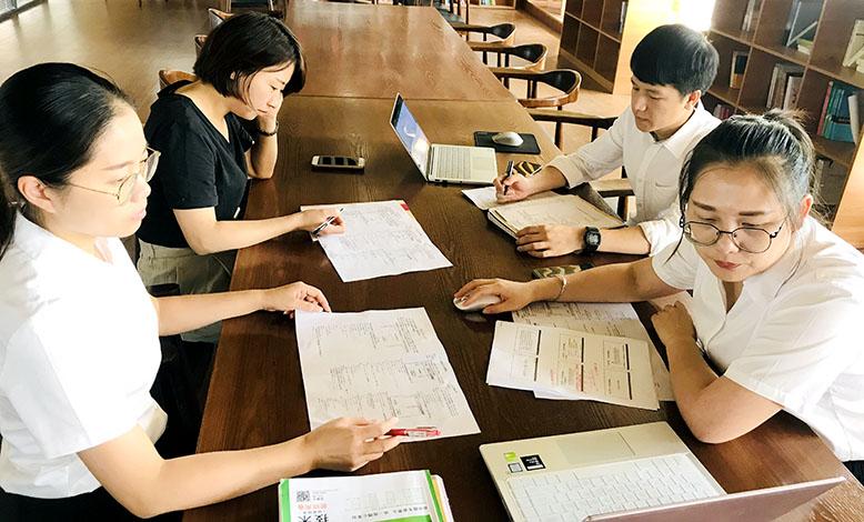 聚大家之力,促教学发展——记海亮高级中学集体备课