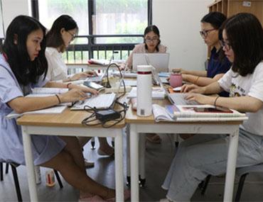 群策群力,追求更优教学质量