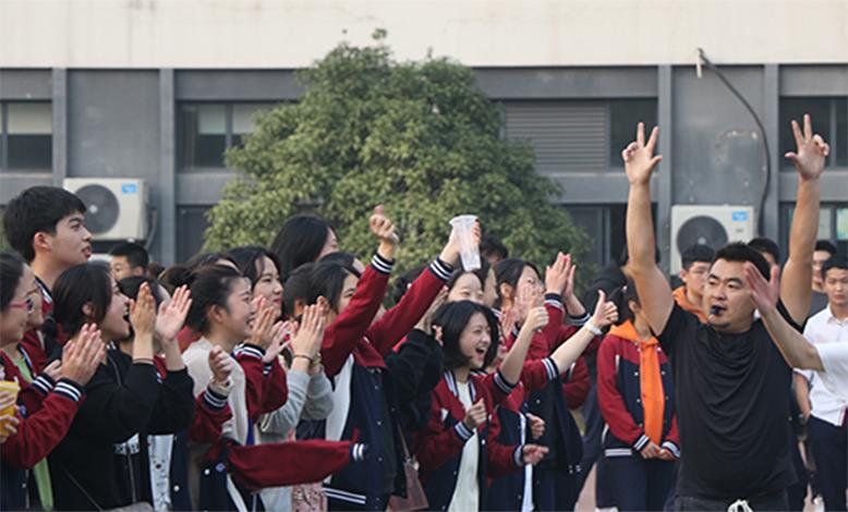 課后活動之籃球對抗賽