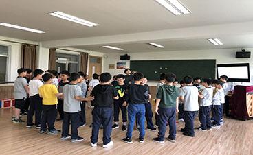 天马小学:音乐兴趣小组