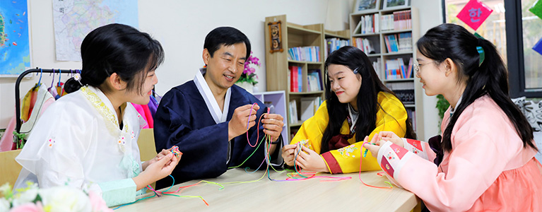 日韩西语班留学课程